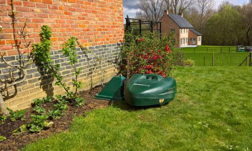 Garden design: consider a robot!