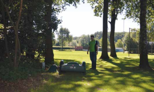 Report on operation of robot mowers on the Buitenboom sports ground in the Netherlands