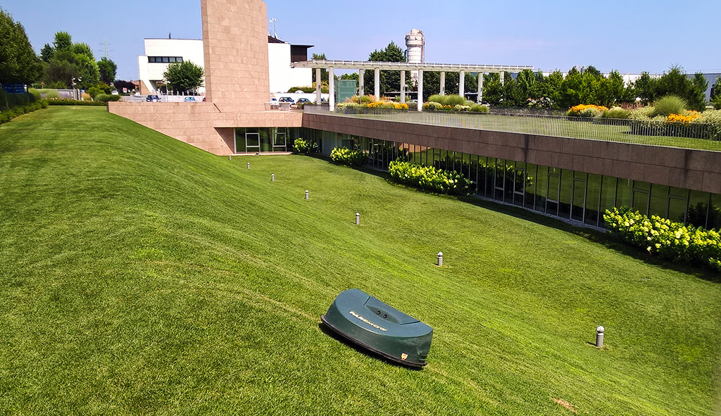 Autonomous mower: for companies too!